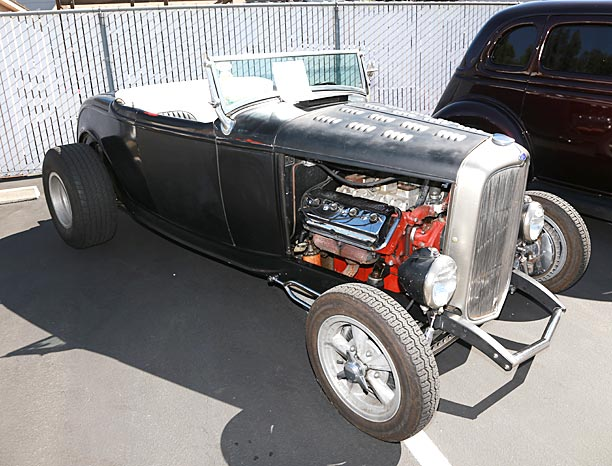 1932-Ford-Roadster-RC-1