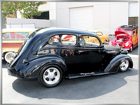 1937-Plymouth-2-door-Flat-Back-Sedan-1