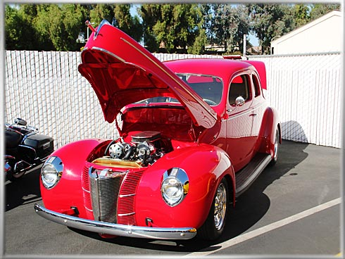 1940-Ford-2-Door-Coupe-1