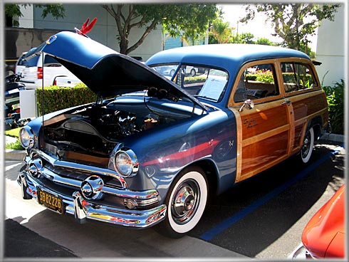 1951-Ford-Country-Squire-1