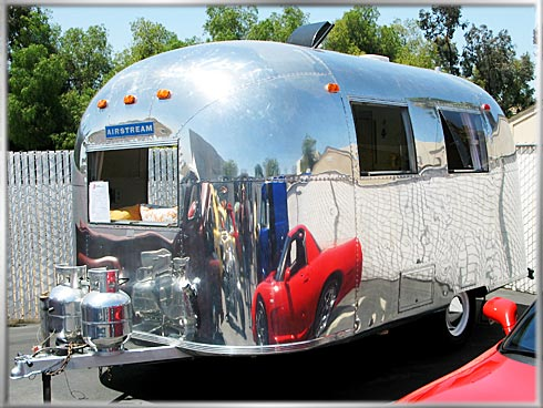 1967-Airstream-Trailer-1