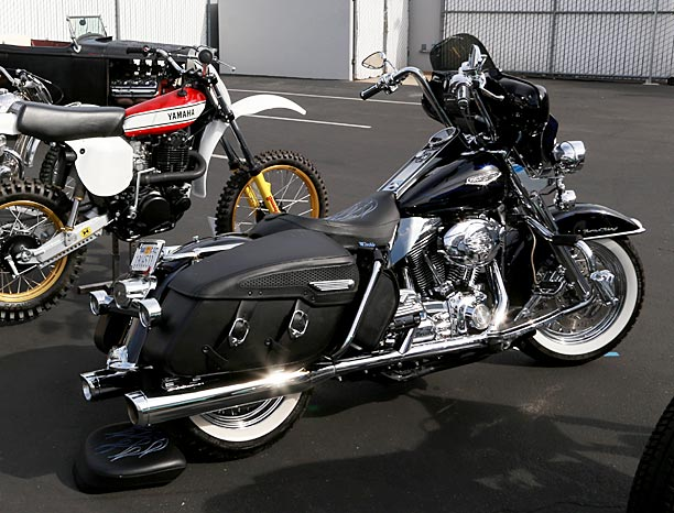 2007-Harley-Road-King-Classic-1