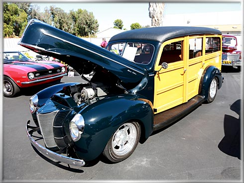 40-Ford-Woodie-1