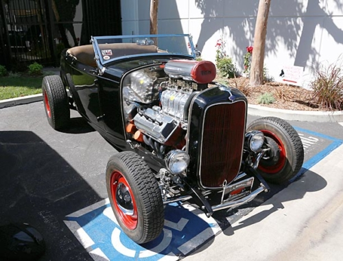 1932-Ford-Roadster-1