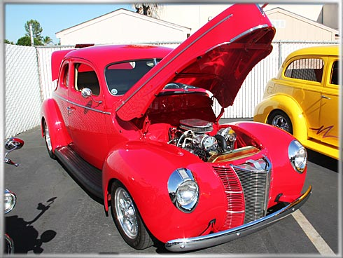 1940-Ford-2-Door-Coupe-4