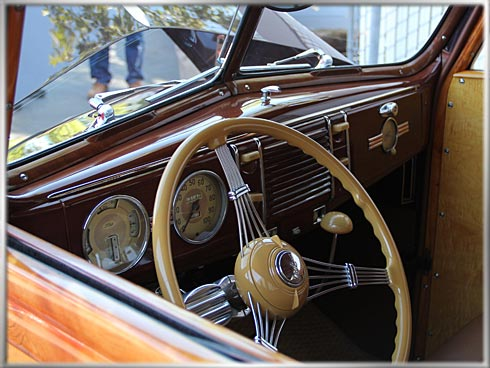 1940-Ford-Deluxe-Woodie-5 (1)
