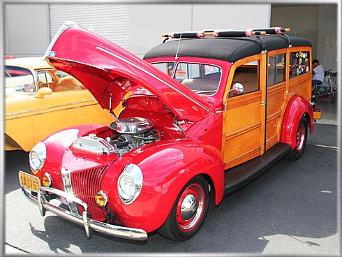 1940-Ford-Station-Wagon-2