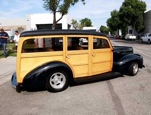 1940-Ford-Woody-4