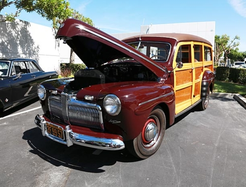1942-Ford-Woody-4