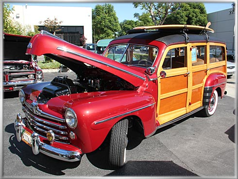1948-Ford-Woodie-6