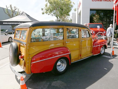 1948-Ford-Woody-7