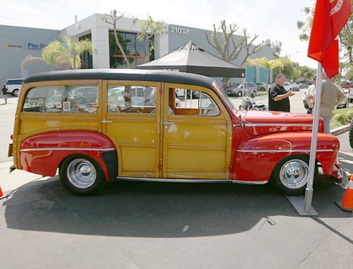 1948-Ford-Woody-8