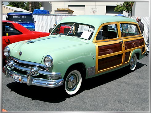 1951-Ford-Woody-MacD-1