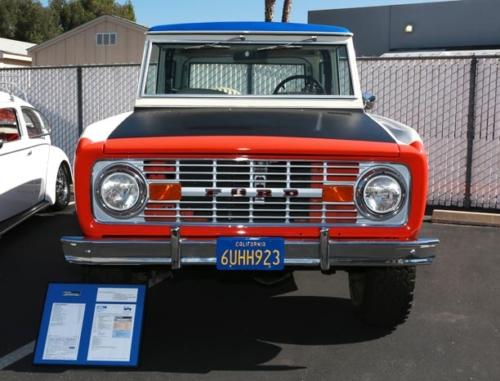 1973-Ford-Bronco-2