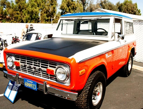 1973-Ford-Bronco-8