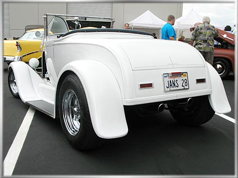 28-Ford-Roadster-3