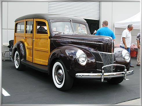 40-Ford-Woody-1