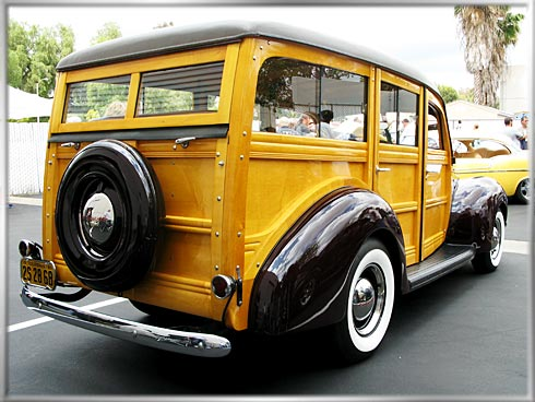 40-Ford-Woody-3