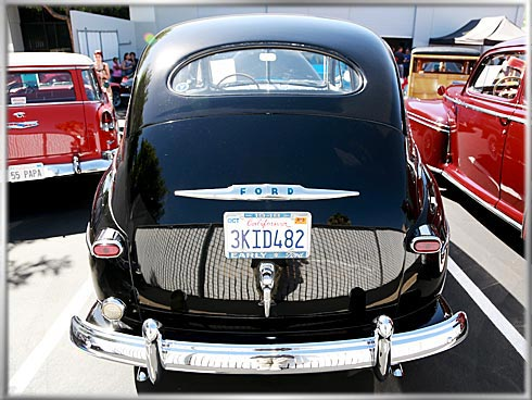 48-Ford-Superdeluxe-V8-5