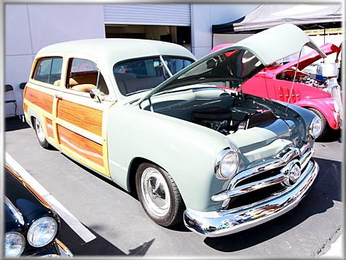 50-Ford-Woodie-1