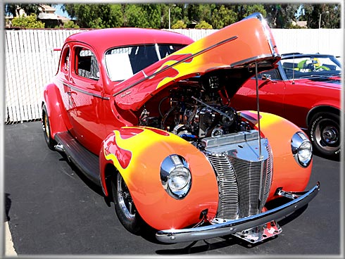 40-Ford-Deluxe-Coupe-1