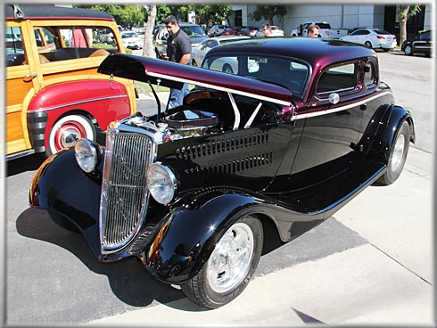 1934-Ford-Coupe-4