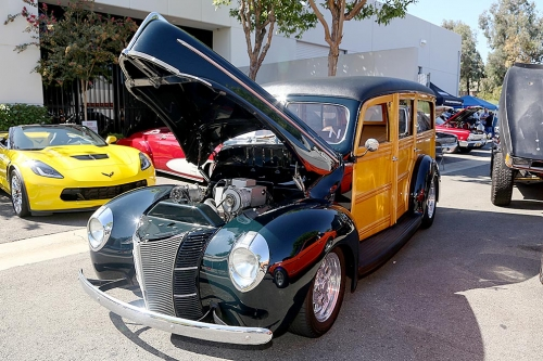 1940-Ford-Delux-Woody-5