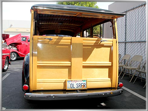 1940-Ford-Deluxe-Woody-7