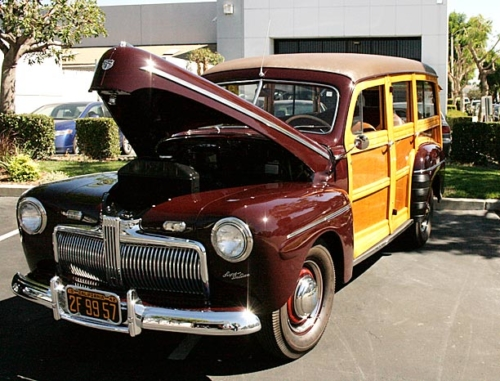 1942-Ford-Woody-1