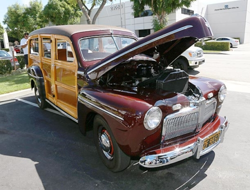 1942-Ford-Woody-3