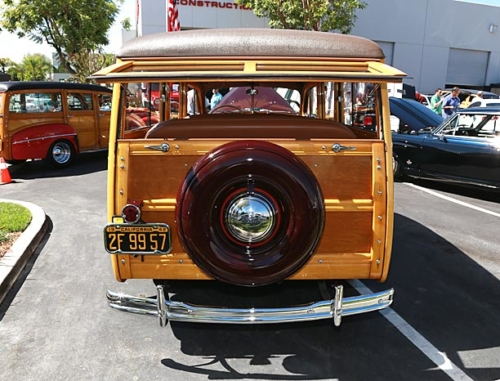 1942-Ford-Woody-8
