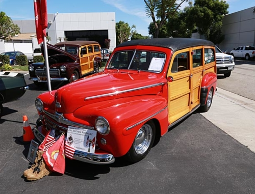 1948-Ford-Woody-2