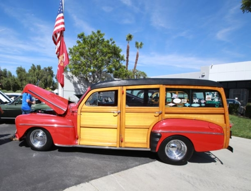 1948-Ford-Woody-4