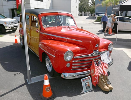 1948-Ford-Woody-9