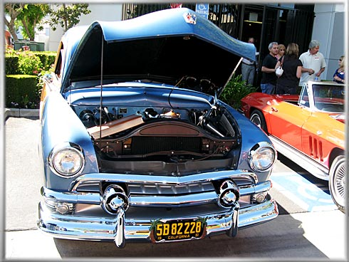 1951-Ford-Country-Squire-4