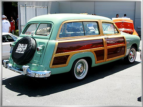 1951-Ford-Woody-MacD-3