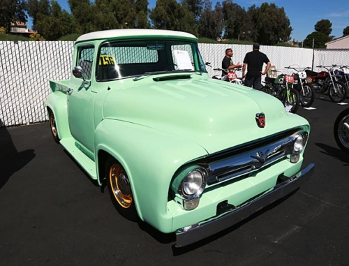 1956-Ford-F100-2