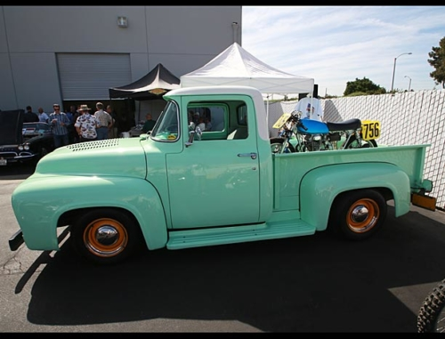 1956-Ford-F100-3