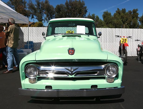 1956-Ford-F100-5