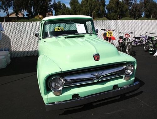 1956-Ford-F100-6