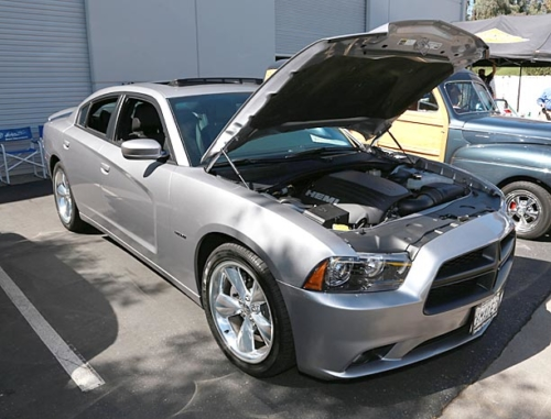 2014-Dodge-Charger-RT-1