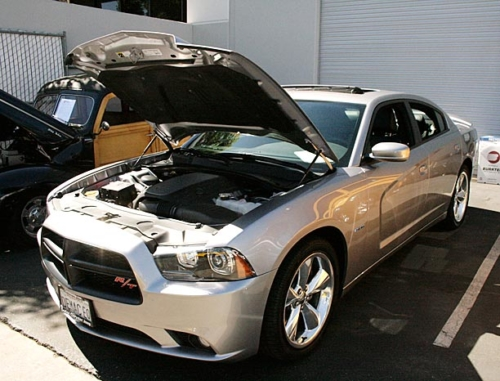 2014-Dodge-Charger-RT-2